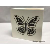 Boîte lumières papillon